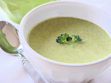 Vegan Broccoli Cream Soup